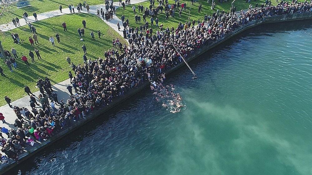 2018/01/balatta-denizden-hac-cikarma-toreni-havadan-goruntulendi-20180106AW27-5.jpg