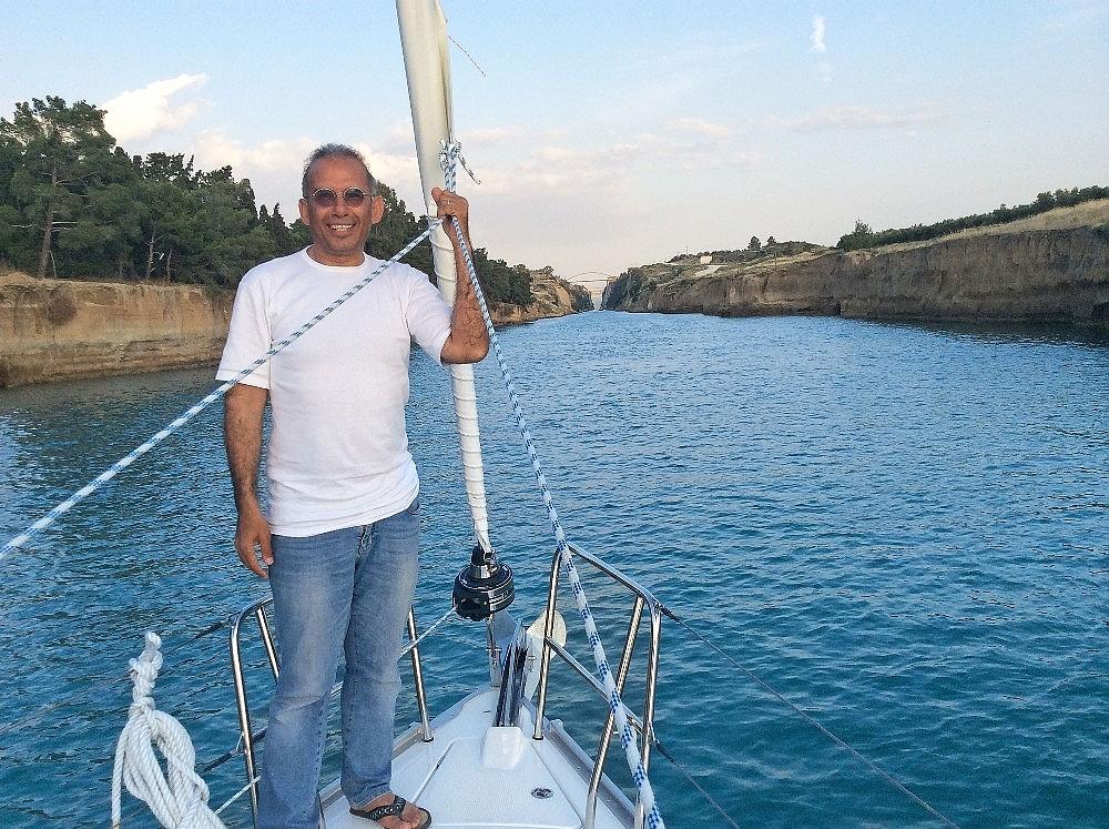 2018/03/emekli-olup-tekneyle-dunya-turuna-cikti-20180305AW32-6.jpg