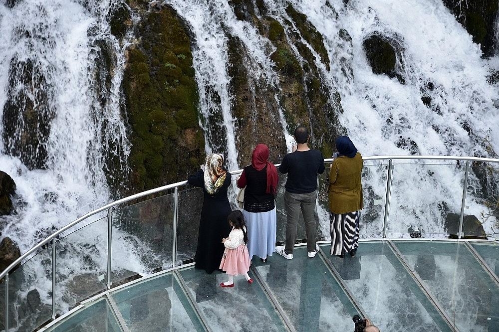 2018/04/tomara-selalesi-ziyaretcilerini-bekliyor-20180415AW36-6.jpg