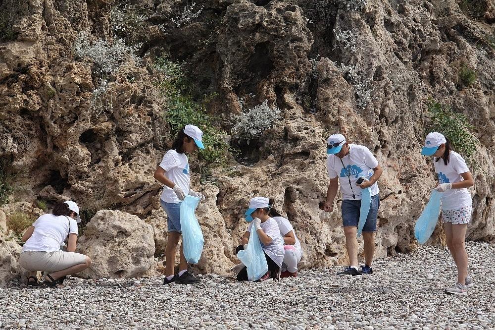 2018/05/sezon-oncesi-sahil-ve-deniz-temizligi-20180526AW40-2.jpg