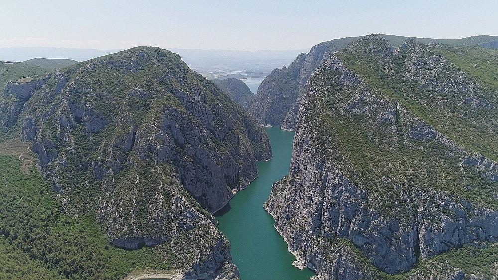 2018/07/turkiyenin-2nci-buyuk-kanyonu-turistlerin-yeni-gozdesi-20180705AW43-1.jpg