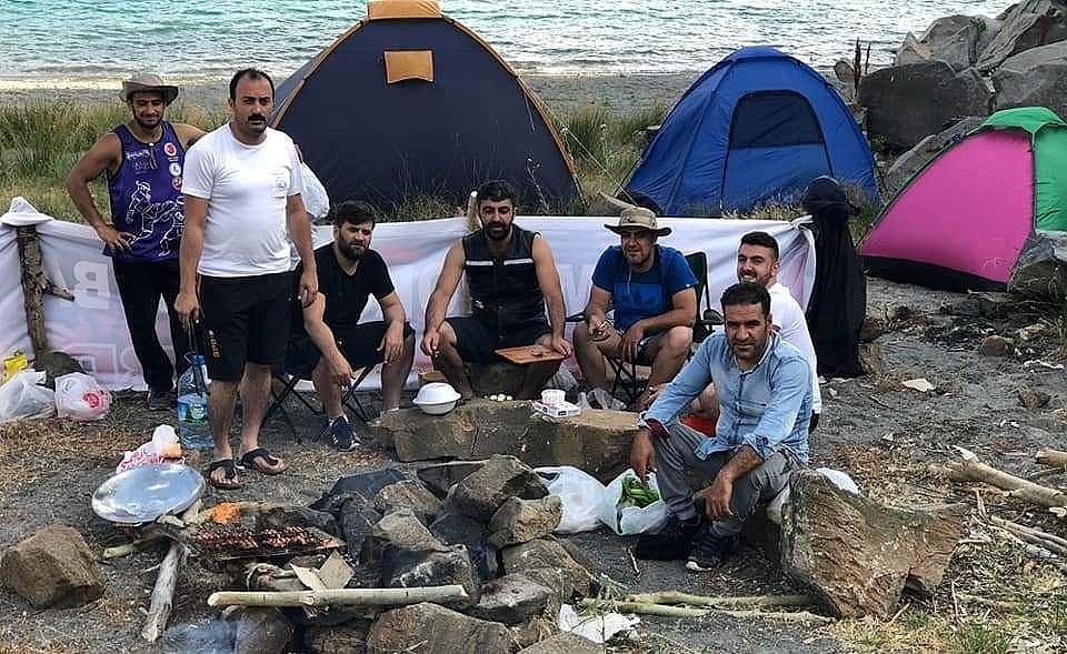 2018/08/turistlerin-kamp-icin-yeni-gozdesi-nemrut-krater-golu-20180806AW46-1.jpg