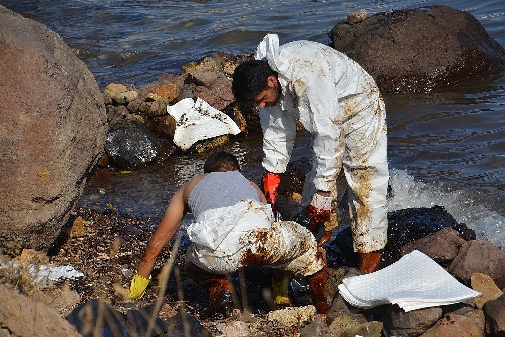 2018/09/denizi-kirleten-fuel-oil-sizintisinin-kaynagiyla-ilgili-flas-gelisme-20180906AW48-6.jpg