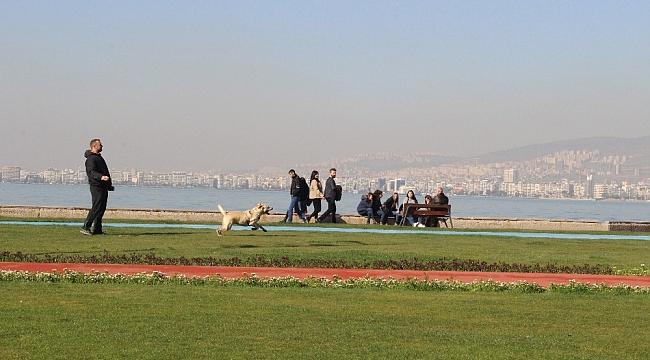 Dün denizle birleşen İzmir'de bugün güneş açtı
