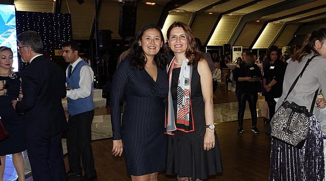 Yakamoz Kadınları Büyük Kulüp'te Transbosphor ana sponsorluğunda bir araya geldi