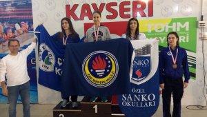 SANKO Okulları Yüzücüsü Deniz Ay Türkiye üçüncüsü oldu