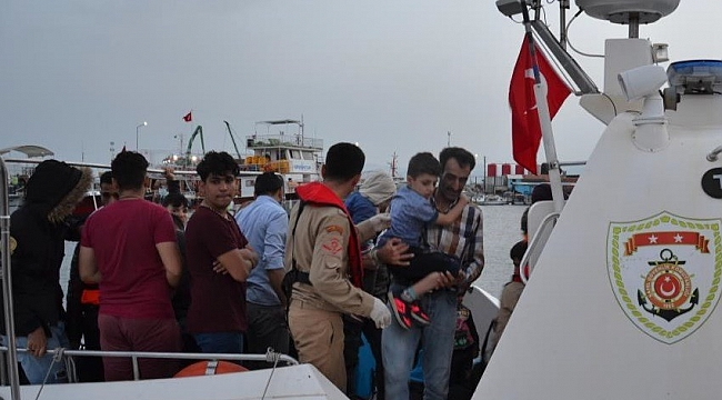 Sahil Güvenlik 24 saatte 210 göçmen yakaladı, 64 göçmen kurtardı