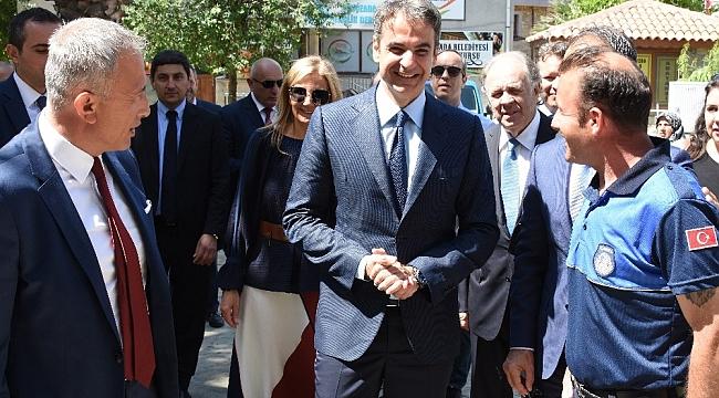 Yunanistan'ın Yeni Demokrasi Partisi Başkanı Mitsotakis, Gökçeada'da