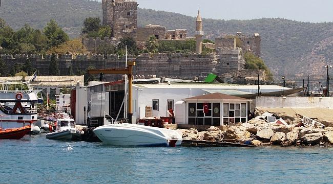 15 kişilik tekneden 54 mülteci çıktı
