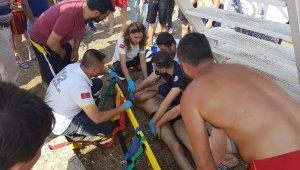 Sığ suya balıklama dalınca ağır yaralandı