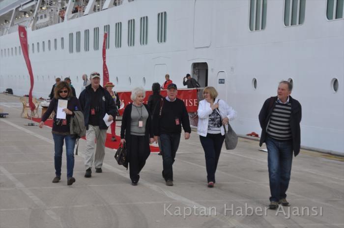 Viking Star gemisi Kuşadası Limanında