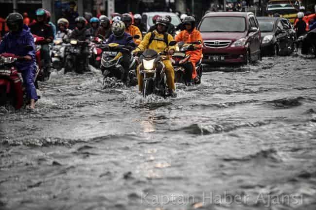 Endonezya'da Sel