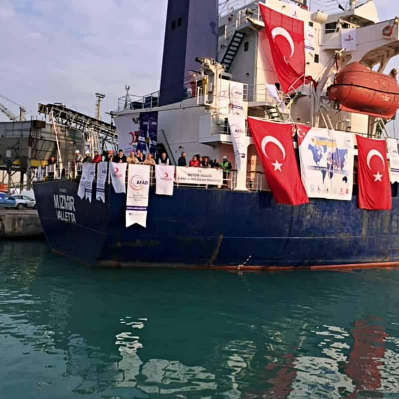 Yemen gönderilen yardım gemisi 5 400 ton insani yardım yolla çıkıyor