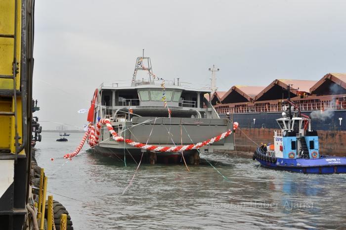 Kubilay İzmir Sularında