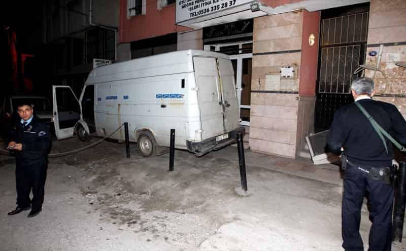 Ege'de Yasa Dışı Geçişler devam ediyor, 67 kaçak yakalandı