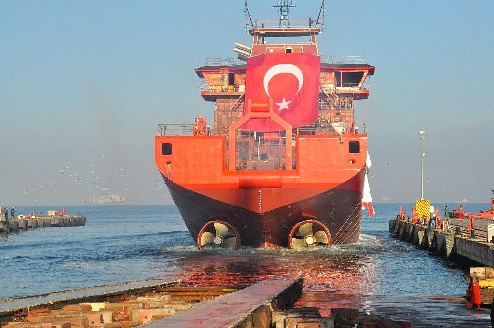 2018/01/danimarkaya-yalovadan-acik-deniz-destek-gemisi-20180106AW27-1.jpg