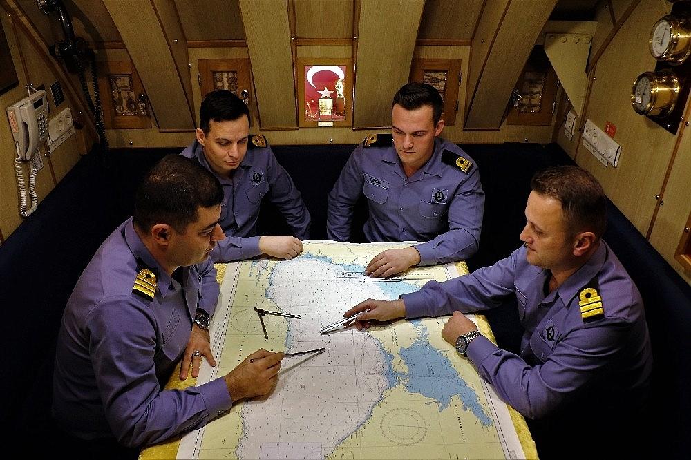 2018/01/turk-donanmasinin-denizaltindaki-sessiz-gucu-20180115AW27-8.jpg
