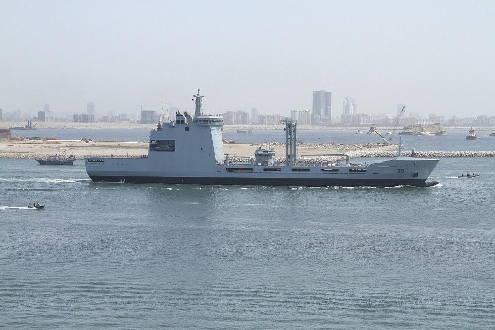 2018/04/turk-savunma-sanayinin-en-buyuk-projesi-olan-denizde-ikmal-gemisi-ilk-seyrine-cikti-20180412AW36-1.jpg