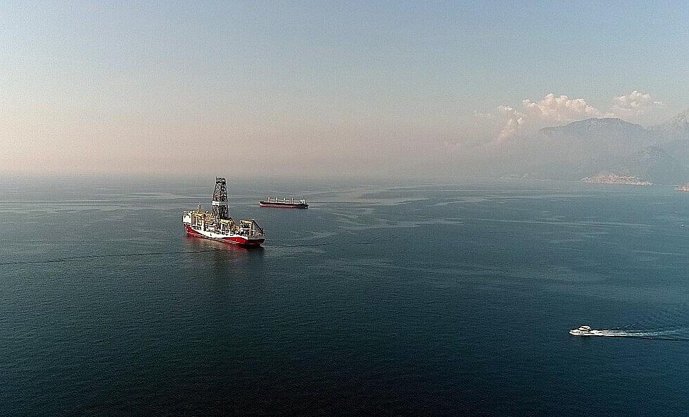 2018/06/turkiyenin-dogalgaz-ve-petrol-arama-gemisi-akdenizde-20180605AW41-1.jpg