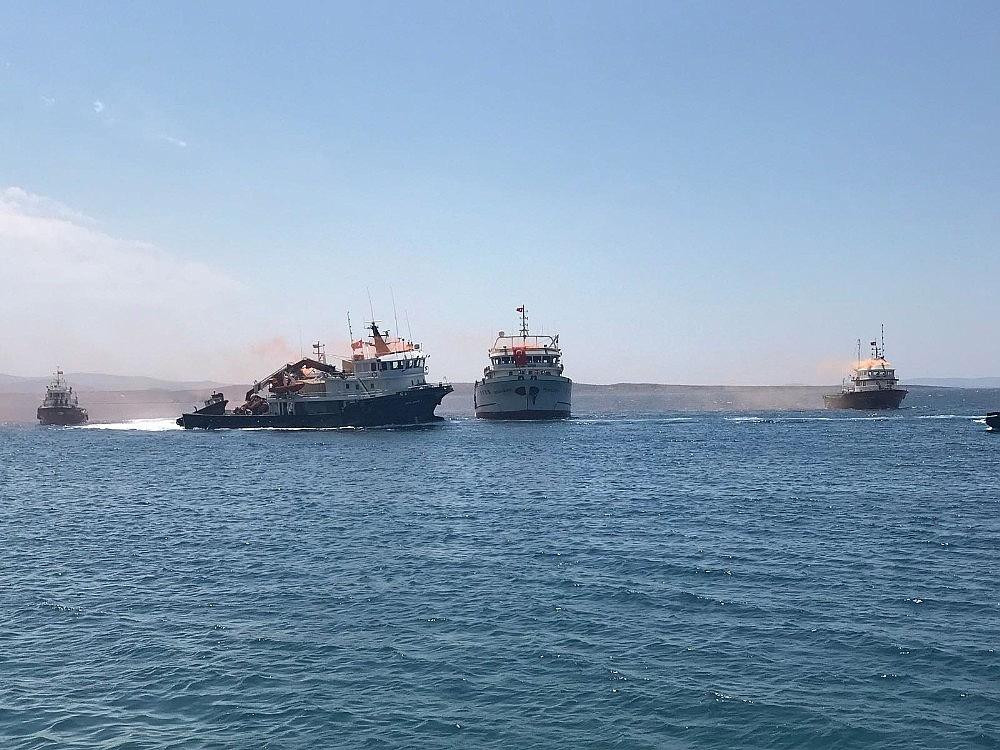 2018/07/9-yillik-esaretten-sonra-turk-gemileri-yurda-dondu-20180730AW45-1.jpg