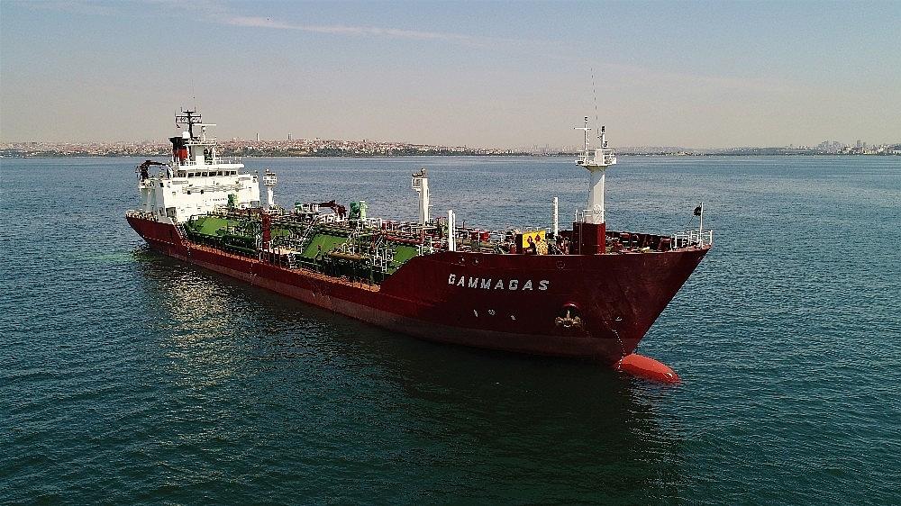 2018/07/kuru-yuk-gemisiyle-carpisan-lpg-tankeri-havadan-goruntulendi-20180705AW43-2.jpg