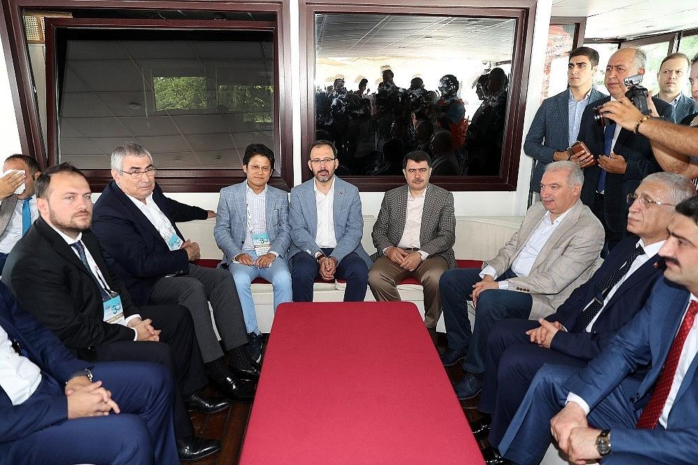 2018/07/turkiye-milli-olimpiyat-komitesi-tarafindan-bogazici-kitalararasi-yuzme-yarisinin-bu-yil-30uncusu-gerceklesti-20180722AW45-6.jpg