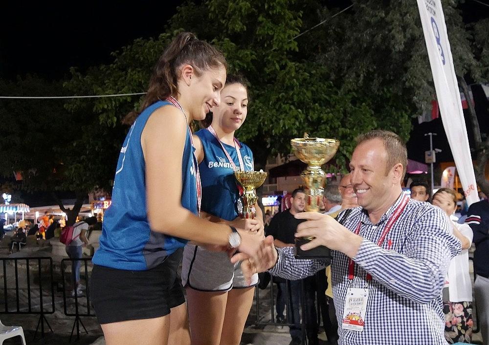2018/08/buyukcekmecede-beach-volley-ruzgari-esti-20180806AW46-3.jpg
