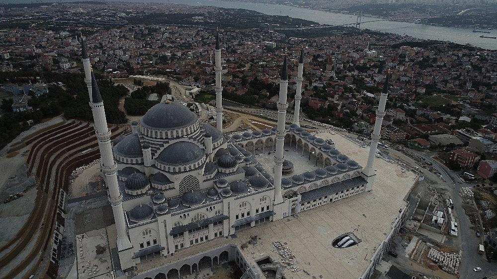 2018/09/camlica-camii-insaatinda-son-durum-havadan-goruntulendi-20180906AW48-5.jpg