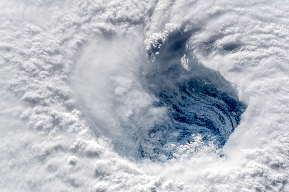 2018/09/florence-kasirgasi-uzaydan-goruntulendi-20180913AW48-2.jpg