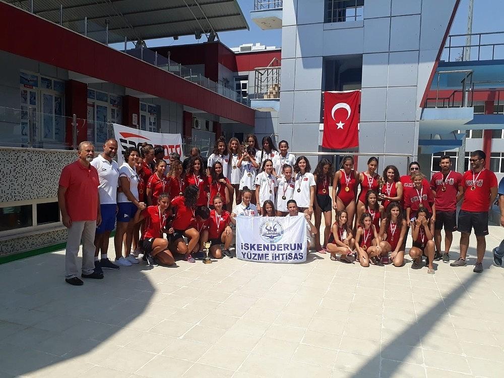 2018/09/iskenderun-yuzme-ihtisas-turkiye-sampiyonu-oldu-20180902AW48-1.jpg