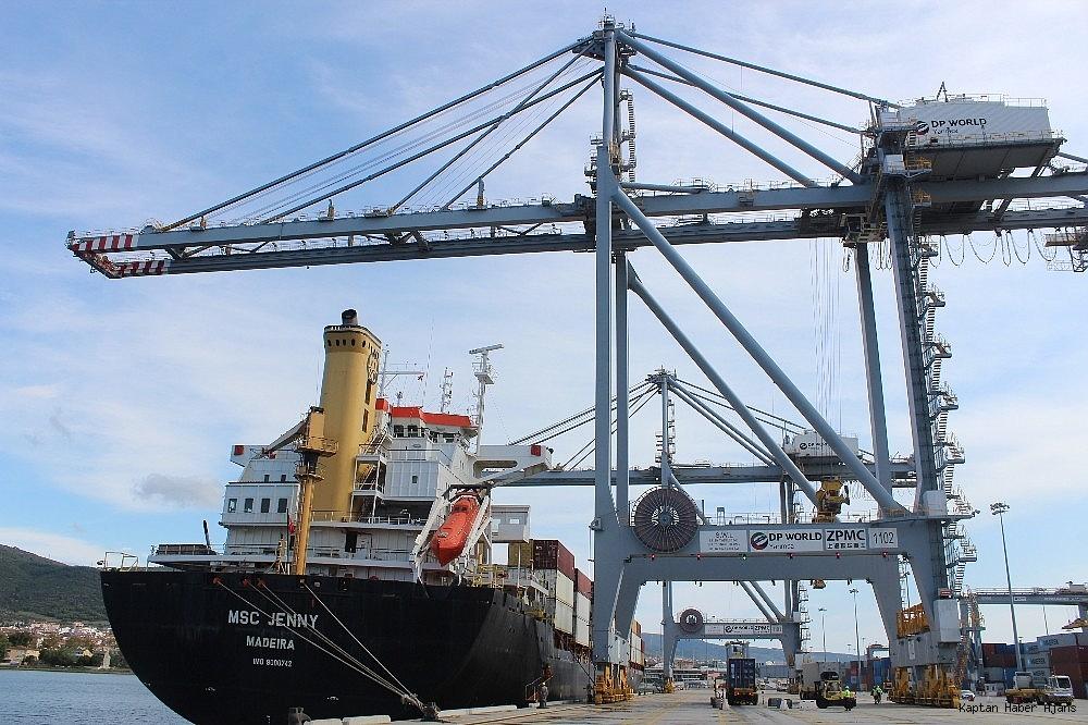 2018/09/kocaelinin-en-buyuk-limani-demiryoluyla-da-hizmet-verecek-20180927AW50-3.jpg