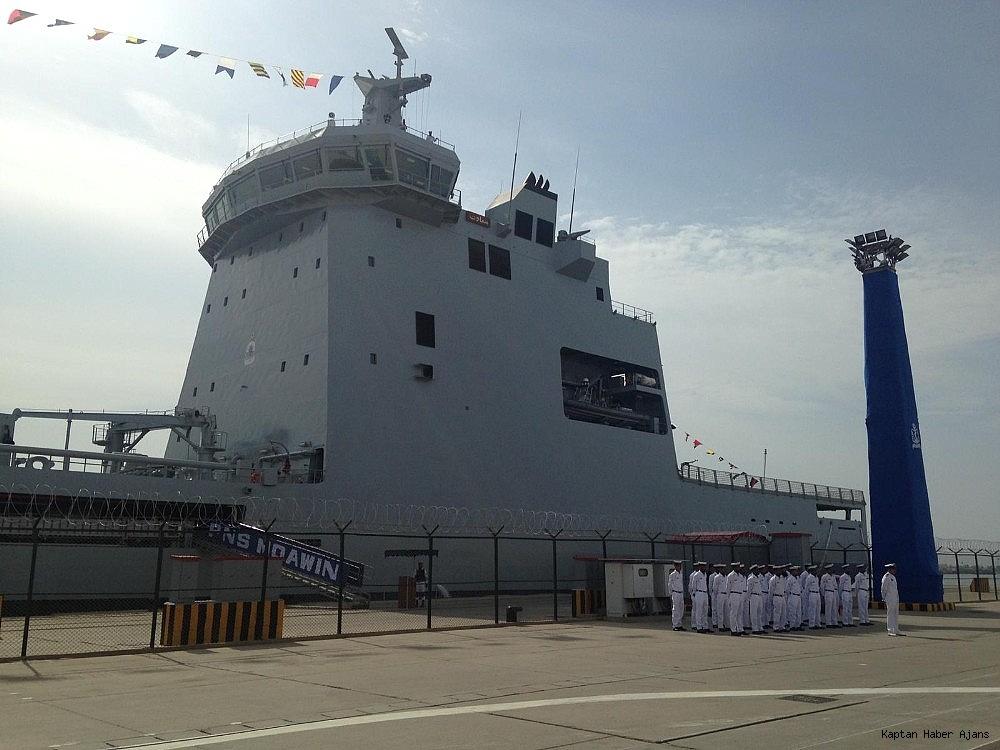 2018/10/pakistan-denizde-ikmal-gemisi-pakistan-deniz-kuvvetlerine-teslim-edildi-20181016AW51-3.jpg