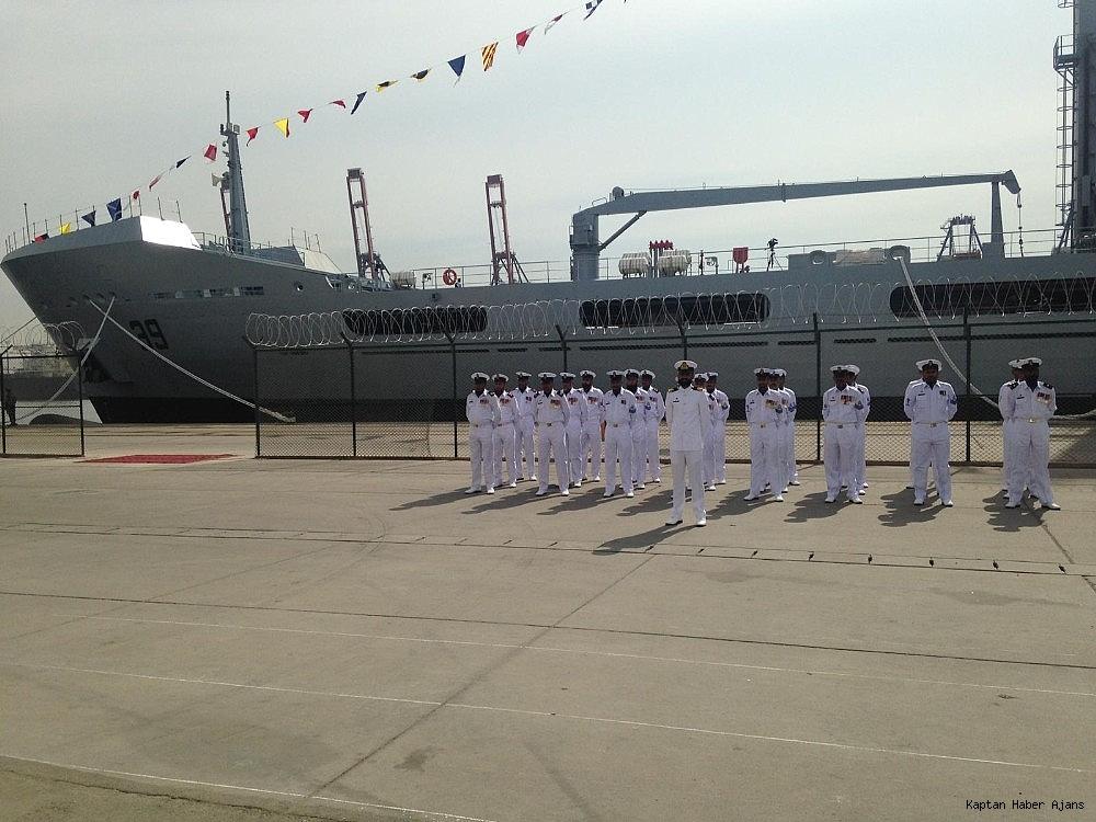 2018/10/pakistan-denizde-ikmal-gemisi-pakistan-deniz-kuvvetlerine-teslim-edildi-20181016AW51-4.jpg