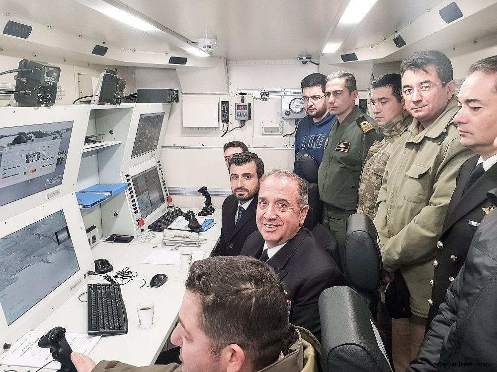 2018/12/deniz-kuvvetleri-komutani-oramiral-ozbal-sihalari-denetledi-20181221AW57-2.jpg