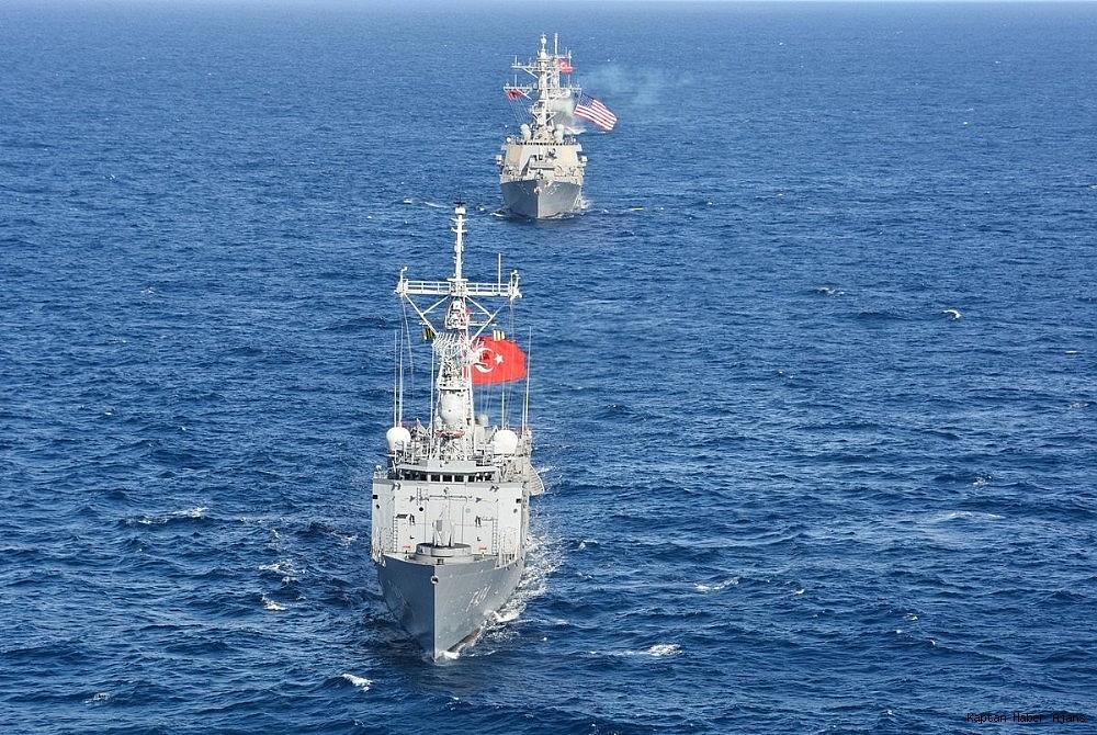 2018/12/deniz-kuvvetlerinden-uluslararasi-sularda-deniz-egitimi-20181219AW57-1.jpg