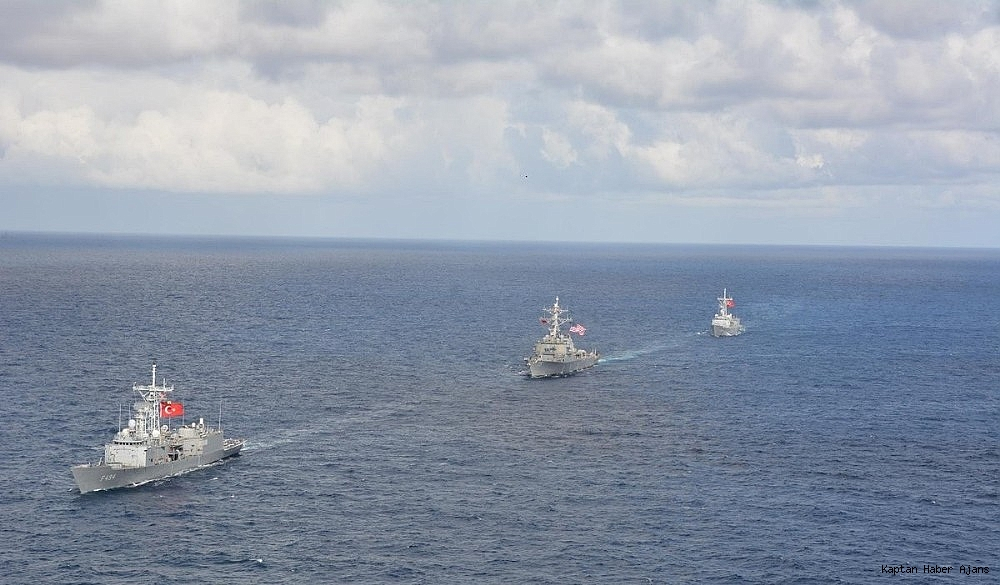 2018/12/deniz-kuvvetlerinden-uluslararasi-sularda-deniz-egitimi-20181219AW57-3.jpg