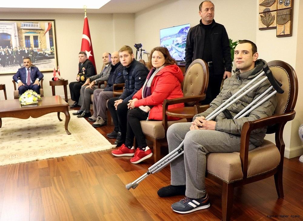 2019/01/batan-gemiden-kurtulan-murettebattan-turk-ekiplerine-tesekkur-20190110AW59-4.jpg