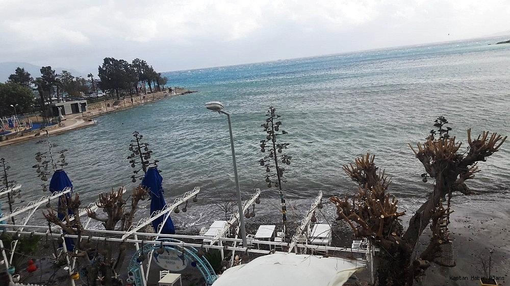 2019/01/denize-sizan-yakit-tamamen-temizlendi-20190115AW59-1.jpg
