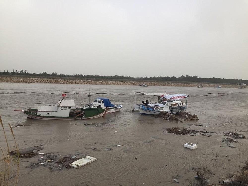 2019/01/firtina-tekneleri-vurdu-tur-teknesi-suruklendi-20190126AW60-3.jpg