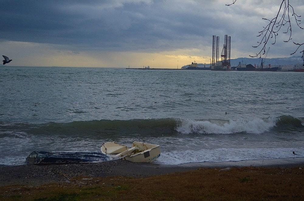 2019/01/marmarada-deniz-ulasimina-lodos-engeli-20190110AW59-4.jpg