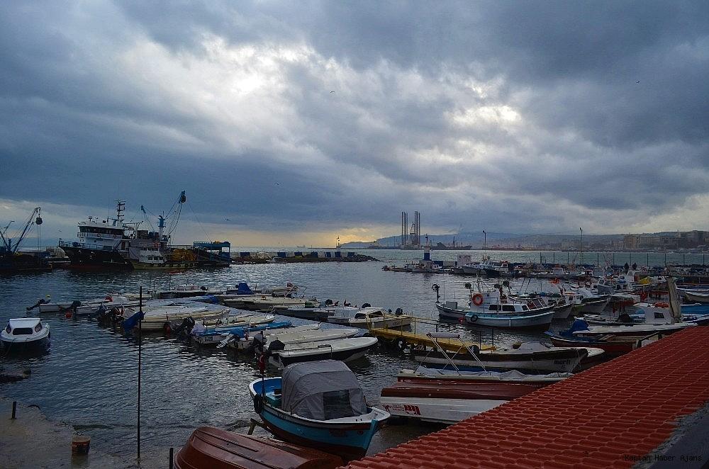 2019/01/marmarada-deniz-ulasimina-lodos-engeli-20190110AW59-6.jpg