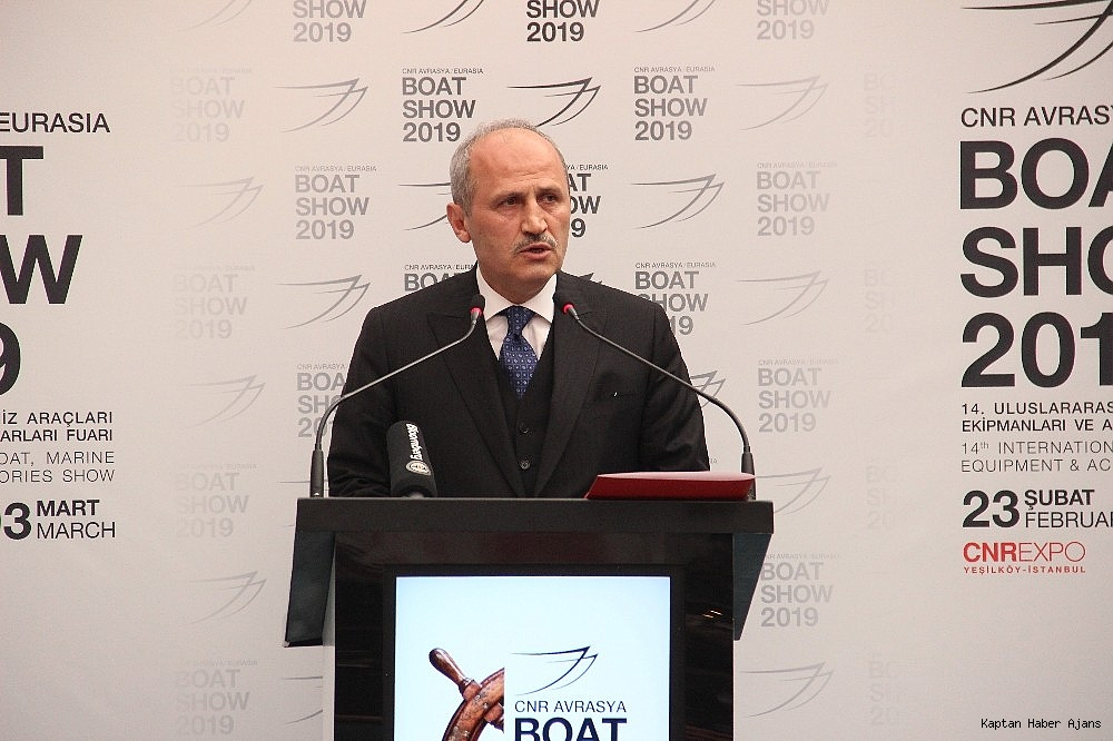 2019/02/bakan-turhan-denizcilik-sektorumuzun-ekonomik-buyuklugu-175-milyar-dolari-asti-20190222AW62-2.jpg