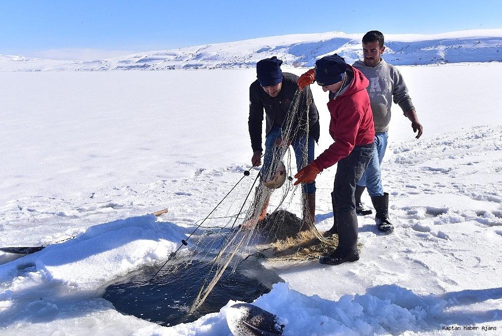 2019/02/donan-golde-eskimo-usulu-balik-avi-20190211AW61-8.jpg