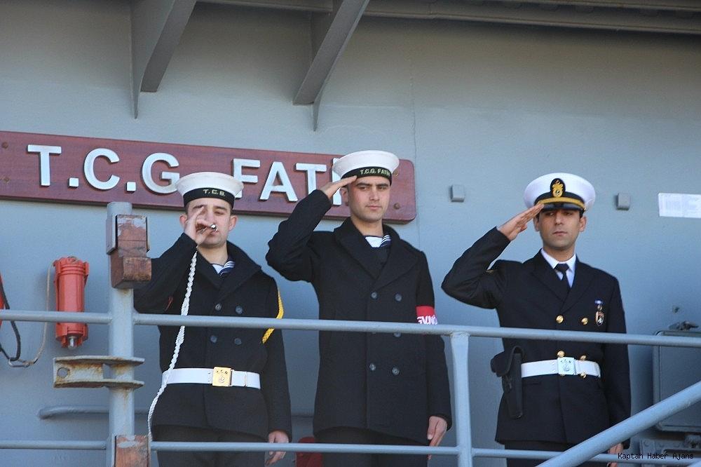 2019/02/trabzonda-kurulan-deniz-ussunun-ilk-askeri-gemisi-demirledi-20190220AW62-11.jpg