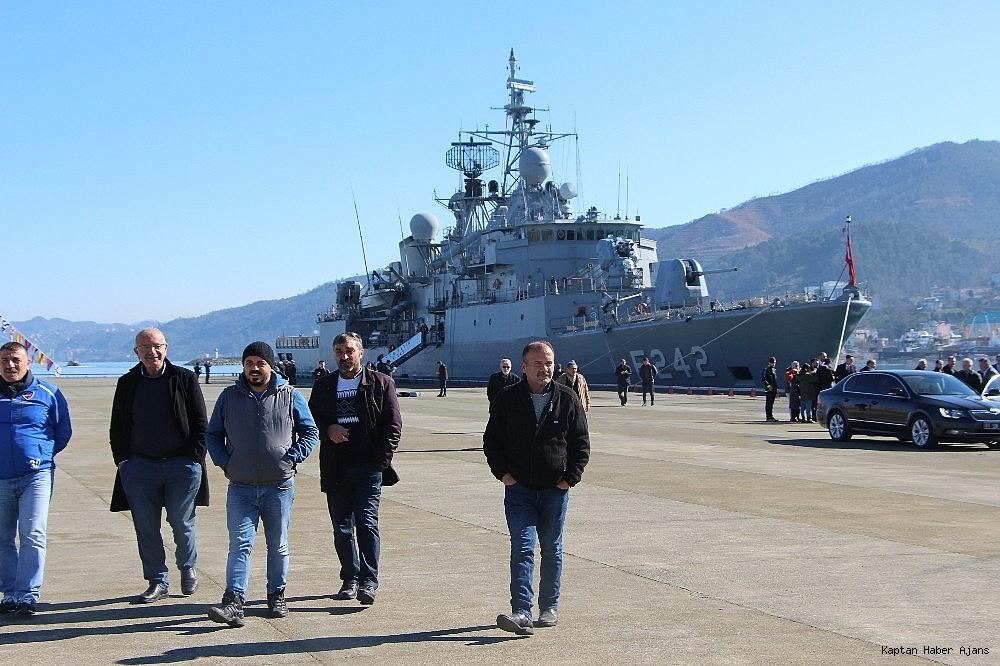 2019/02/trabzonda-kurulan-deniz-ussunun-ilk-askeri-gemisi-demirledi-20190220AW62-5.jpg