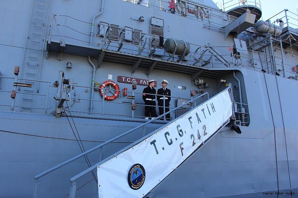 2019/02/trabzonda-kurulan-deniz-ussunun-ilk-askeri-gemisi-demirledi-20190220AW62-9.jpg