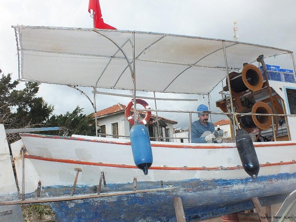 2019/03/tur-tekneleri-turizm-sezonuna-hazirlaniyor-20190306AW64-1.jpg