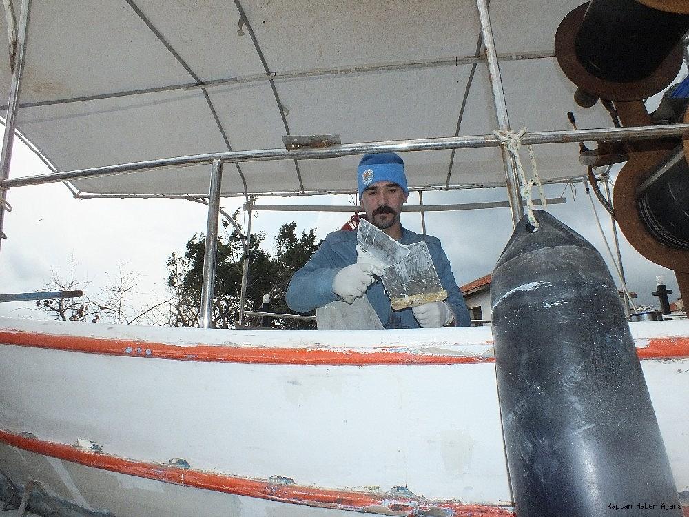2019/03/tur-tekneleri-turizm-sezonuna-hazirlaniyor-20190306AW64-2.jpg