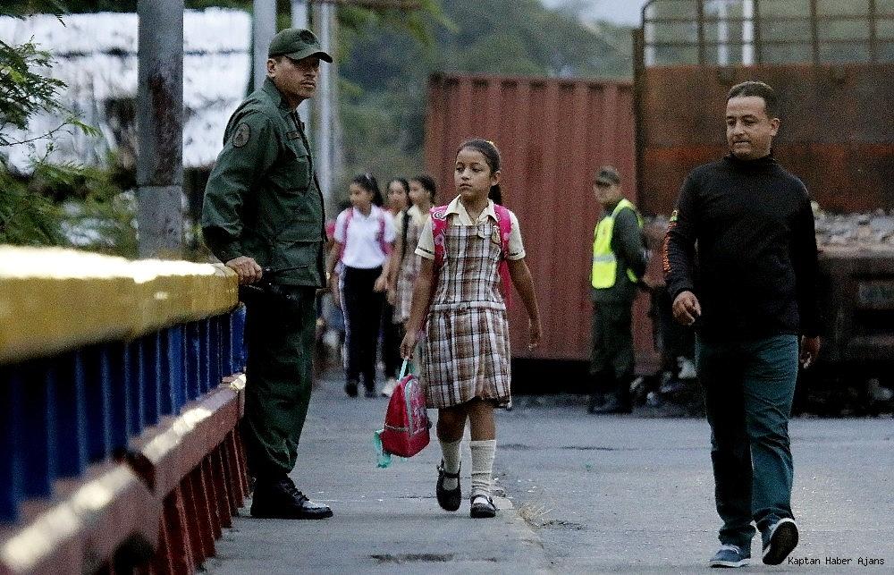 2019/03/venezuela-100-saatten-fazladir-elektriksiz-20190312AW64-2.jpg