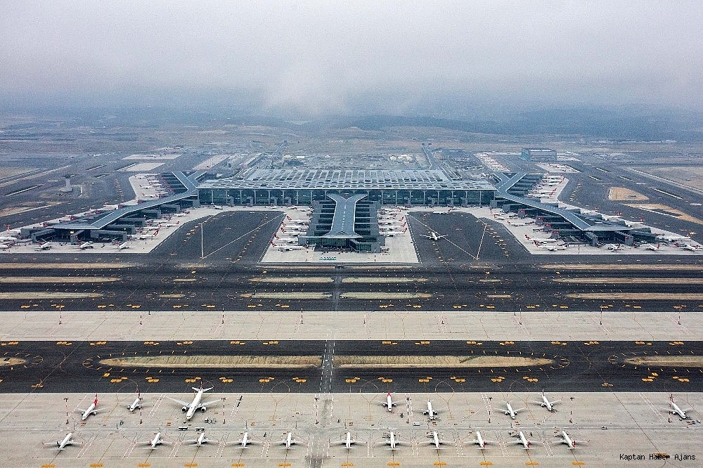 2019/04/istanbul-havalimanindaki-son-durum-havadan-goruntulendi-20190407AW66-1.jpg